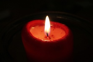 candle-581991_640