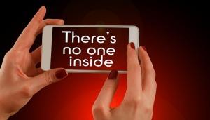 smartphone-703385_640